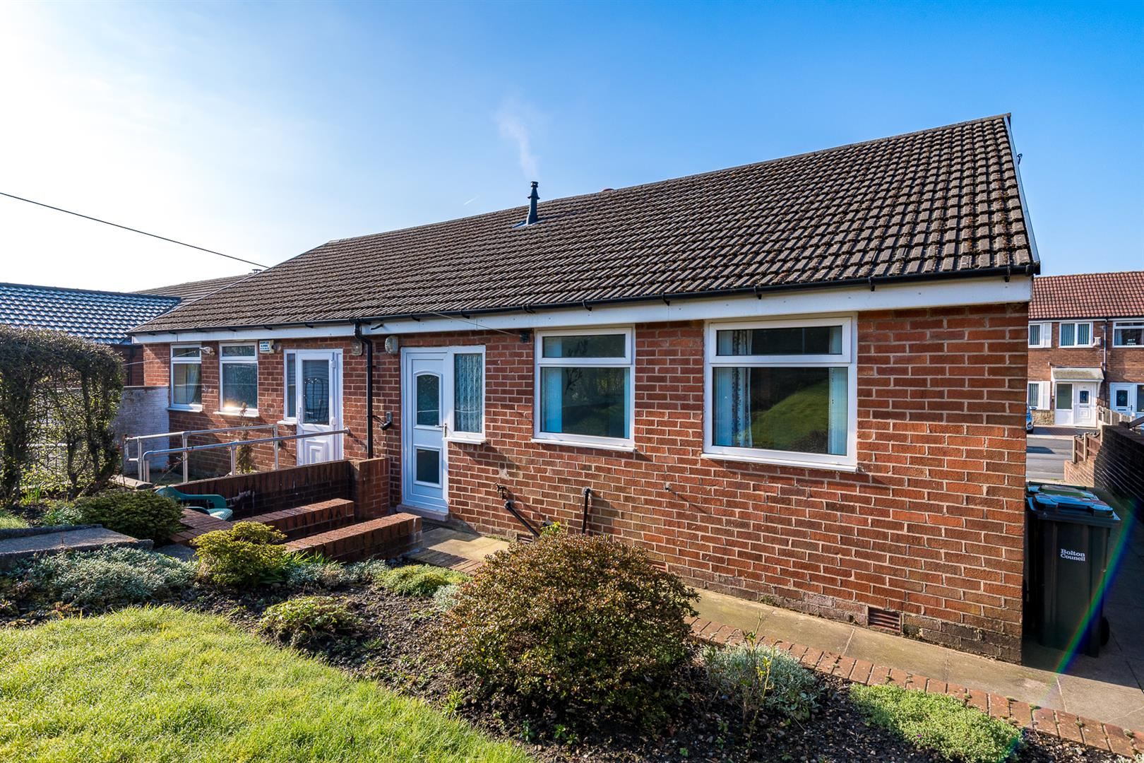 2 Bedroom Semi Detached Bungalow Sale Agreed Image 12